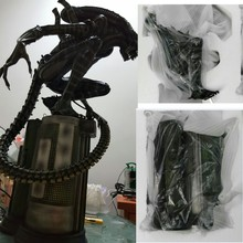 High Quality 1:4 Scale Alien AVP Vs Predator Warrior Maquett Resin Model Statue Recast 8pcs set alien vs predator mixed human avp abs 8cm model collectie kids toy movie brinquedos series scar sci fi film