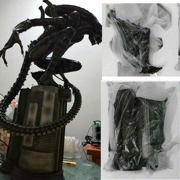 High Quality 1:4 Scale Alien AVP Vs Predator Warrior Maquett Resin Model Statue Recast stylish alien vs predator shape key ring