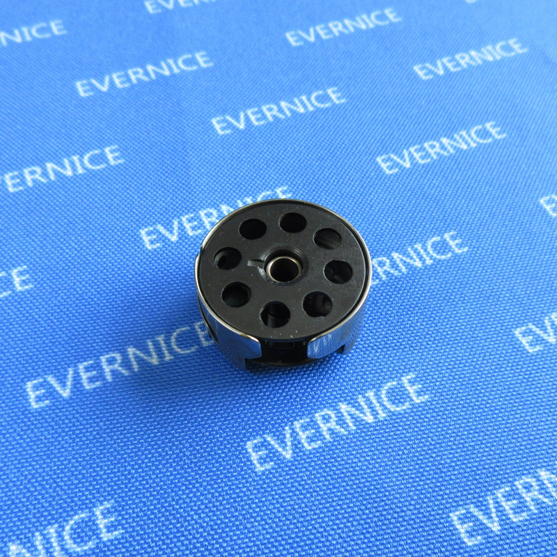 10 LARGE METAL BOBBINS M SIZE TACSEW GC6-6 WITH HOLES