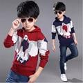 Новый мальчик свитер осень и зима детей большой мальчик моды свитер с капюшоном ребенка орел пальто оказать подкладки верхней одежды