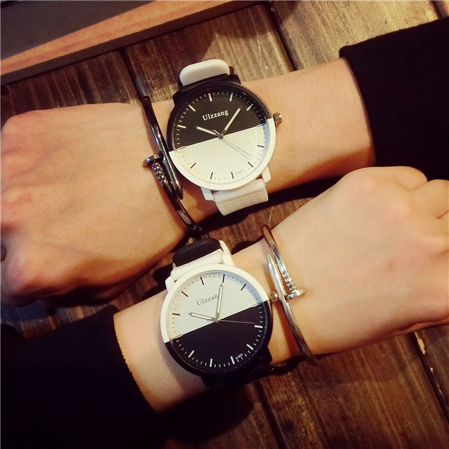 2017 Men Watch Classic Black White Model Silicone Quartz Wristwatch for Man Male Clock School Student
