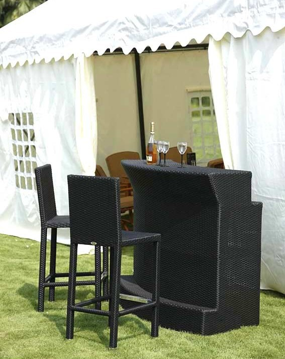 2017 Outdoor Bar Table and 2 Chairs Used Nightclub Furniture