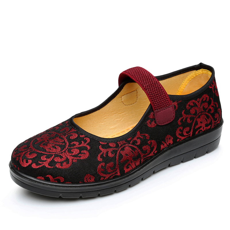 Woman Canvas Shoes Old Peking Cloth Shoes Chinese Flower Embroidery Casual Dancing Flats soft single Mother Shoes