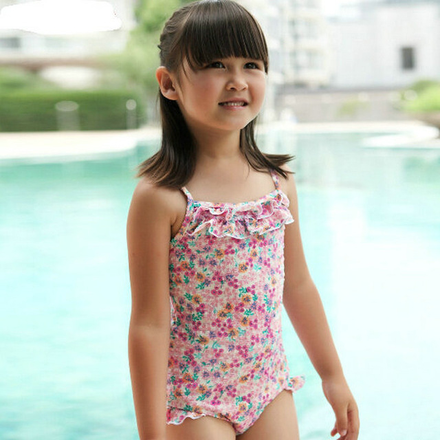 Hot Sale Baby Girl Swimming Costume With Floral Print And Falbala