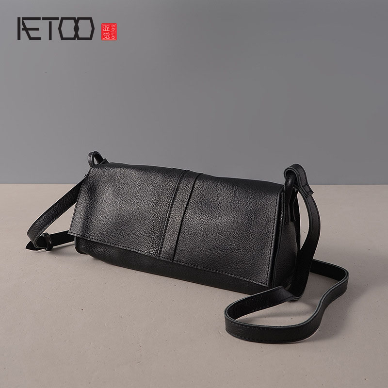 AETOO Leather handbags new small square package Europe and the United States fashion shoulder oblique cross bag head layer of le europe and the united states simple geometric pattern hand bag head layer of leather in the long wallet multi card large capacit