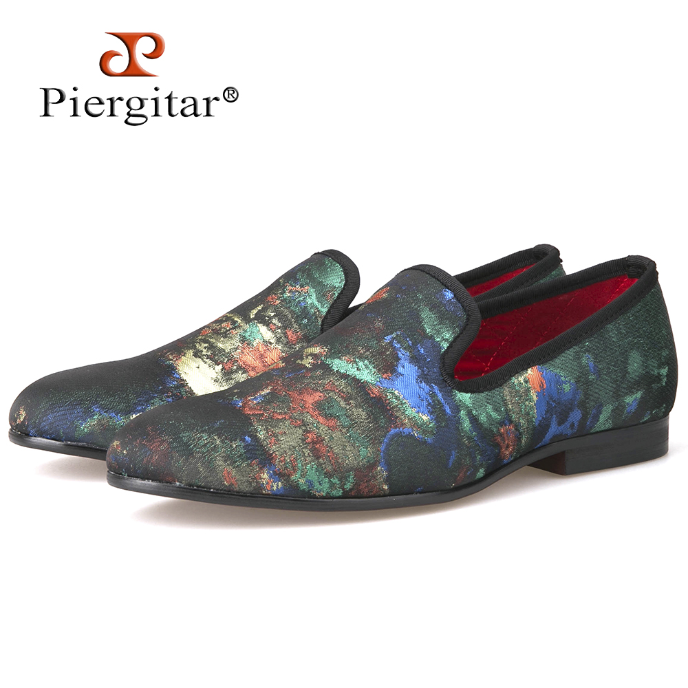 New Mix Colors Graffiti Men Fabric Causal Shoes Men Plus Size Loafers Smoking Slippers Men's Flats Size 4-14 Free shipping 2016 new fashion men leopard cotton fabric shoes british mens flats smoking slippers men loafers casual shoes plus size 4 17