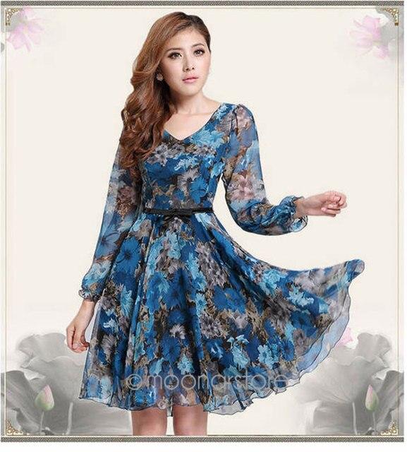 09ca5d2672e72 US $12.49 19% OFF|2018 Summer Style Blue Floral Dress Hot Sale Short Mini  Dress Cute Girls Vestidos V Neck Long Sleeve Dress-in Dresses from Women's  ...