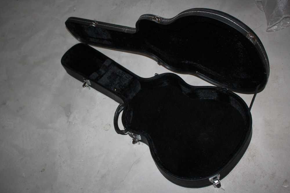Free Shipping guitar cases Together with the sale and guitar Not sold separately CASE new electric guitar black hardcase not sell separately sale with guitar together