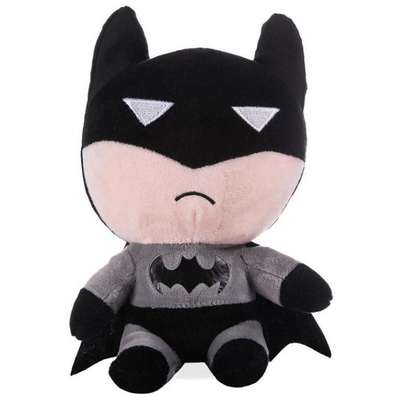 Yeni Sevimli 18 cm Batman Peluş Oyuncaklar Güzel Yumuşak Dolması Kumaş Doll Çocuk Noel Hediyesi Çocuk & Bebek Doğum Günü Hediye Ücretsiz nakliye