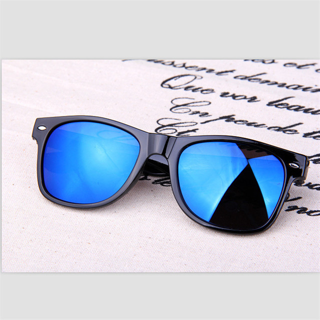 NEW Vintage Retro Unisex  Sunglasses Women