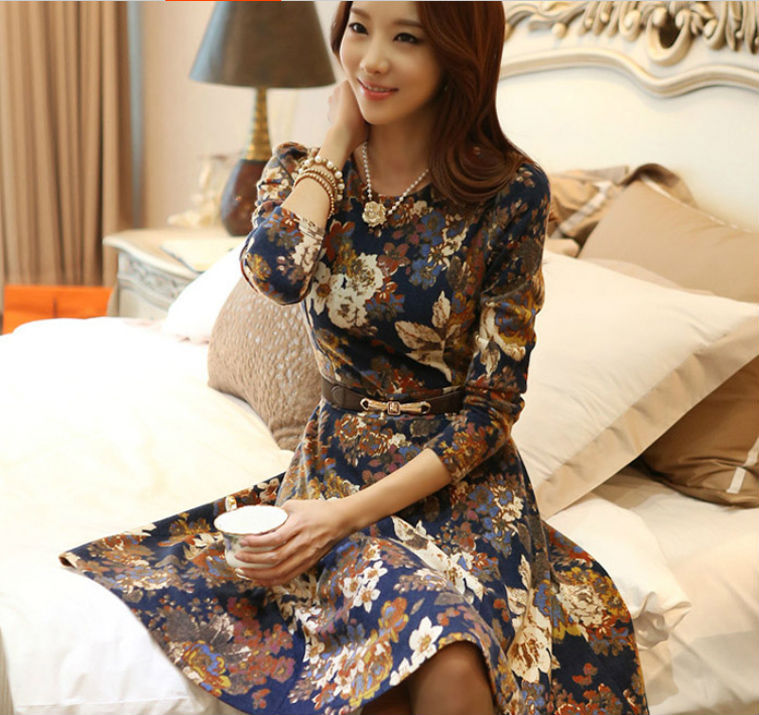 0657f6e59be New Fashion Summer Women s Cotton Classical Vintage Long Sleeve Print  Flower Casual Mini Slim Dress Free Shipping-in Dresses from Women s Clothing  on ...