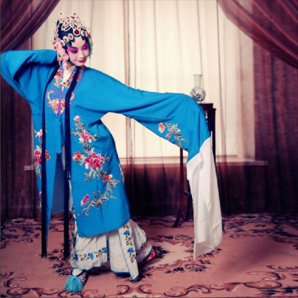 Dance Costumes Women 2016 Hot Sale Rushed Microfiber Hmong Clothes Ancient Chinese Costume Disfraces National Beijing Opera