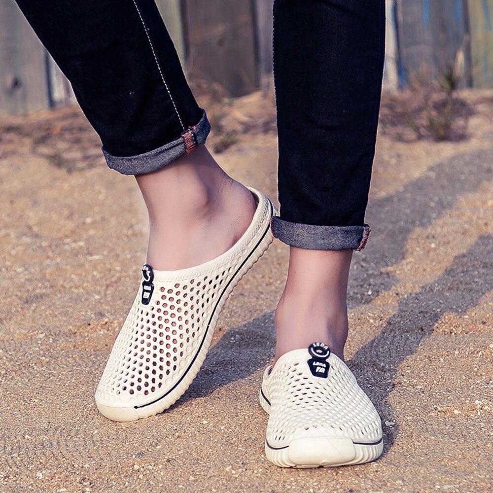 женская обувь ; мужская обувь; люди:: женщины мужчины;