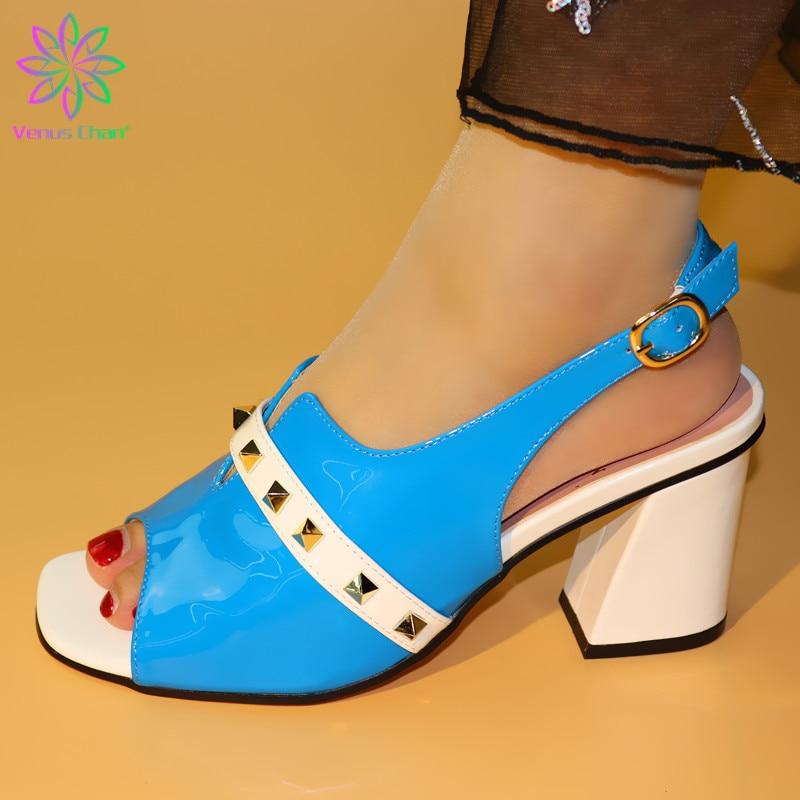 sky blue African medium heel pumps