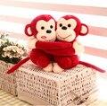 20 cm lindo casal abraço macaco de brinquedo de pelúcia, Querida macaco stuffed animal, Brinquedos macaco presente de casamento travesseiro boneca