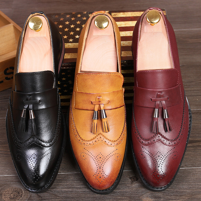 men's fashion wedding party dress breathable genuine leather brogue shoes cutout bullock oxfords shoe slip on tassel loafers man
