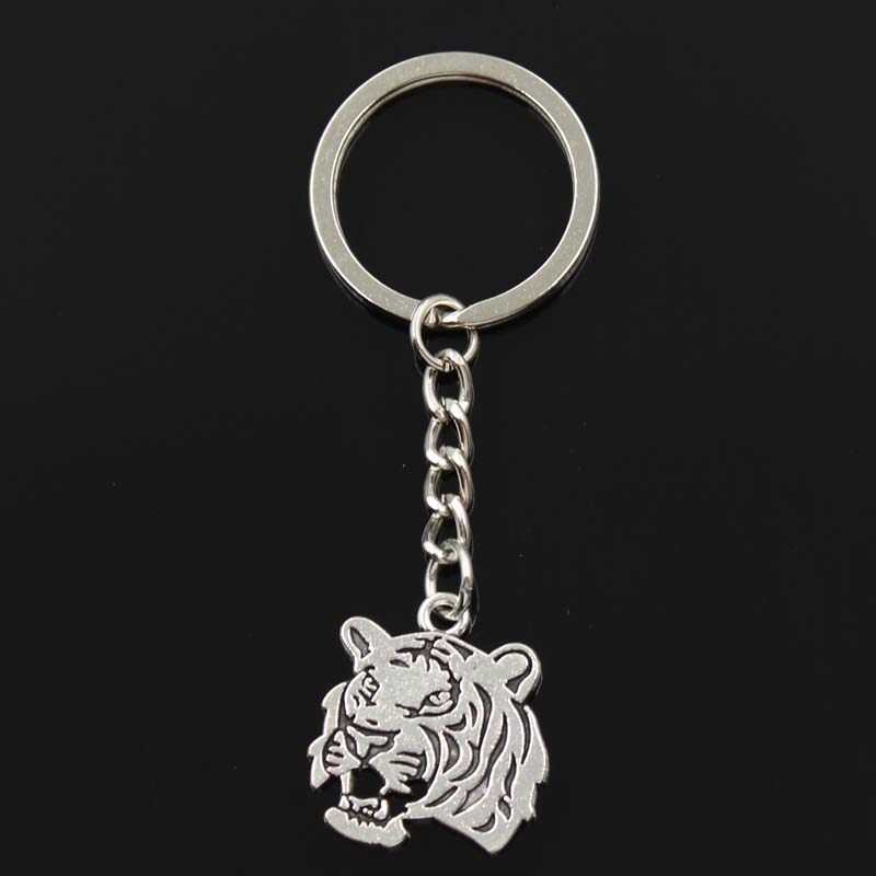 Fashion Keychain 27x24mm Roaring Tiger Head Pendants DIY Men Jewelry Car Key Chain Ring Holder Souvenir For Gift