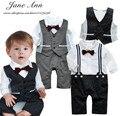 Ребенок свадьба смокинг малыша мальчиков костюм галстук-бабочка ползунки + Жилет черный серый с длинным рукавом комбинезон малыша день рождения костюм