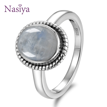 New Fashion 8x10 MM Oval Natural Moonstones Rings Women's 925 Silver Jewelry Ring Wholesale High Quality Gifts Vintage Fine