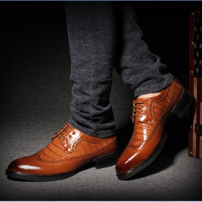 Fashion British Style Men Oxford Shoes For Men Faux Leather Casual Dress Shoes Italian Luxury