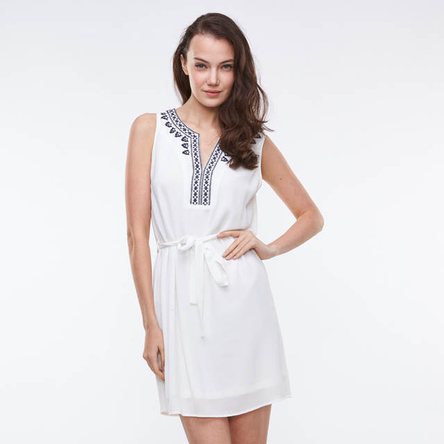 US $16.65 10% OFF|GLO STORY Women Embroidery Summer Dress 2018 Plus Size  Causal White Beach Dress Elegant Vintage Dress WYQ 1631-in Dresses from ...