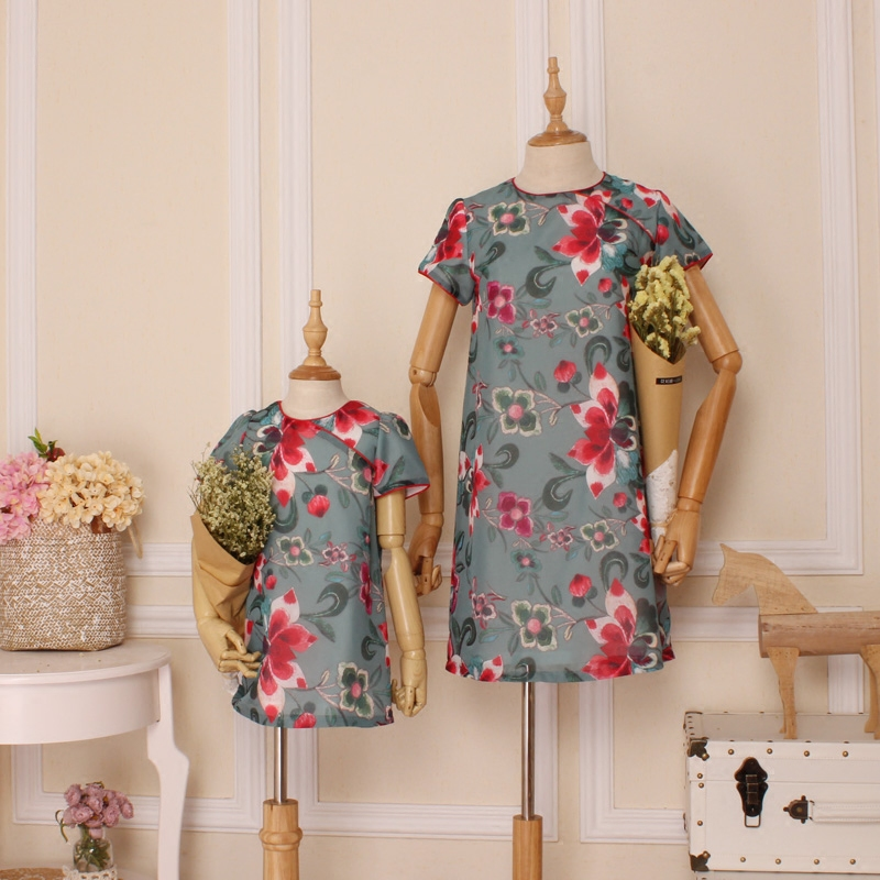 9b152fb954150 Acheter Mère et Fille Robe De Mode D été Broderie Fleur Motif Imprimer Robe  Famille