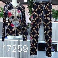 2018 autumn new women's velvet body printing chain diamond color skull long sleeve suit 2 piece set