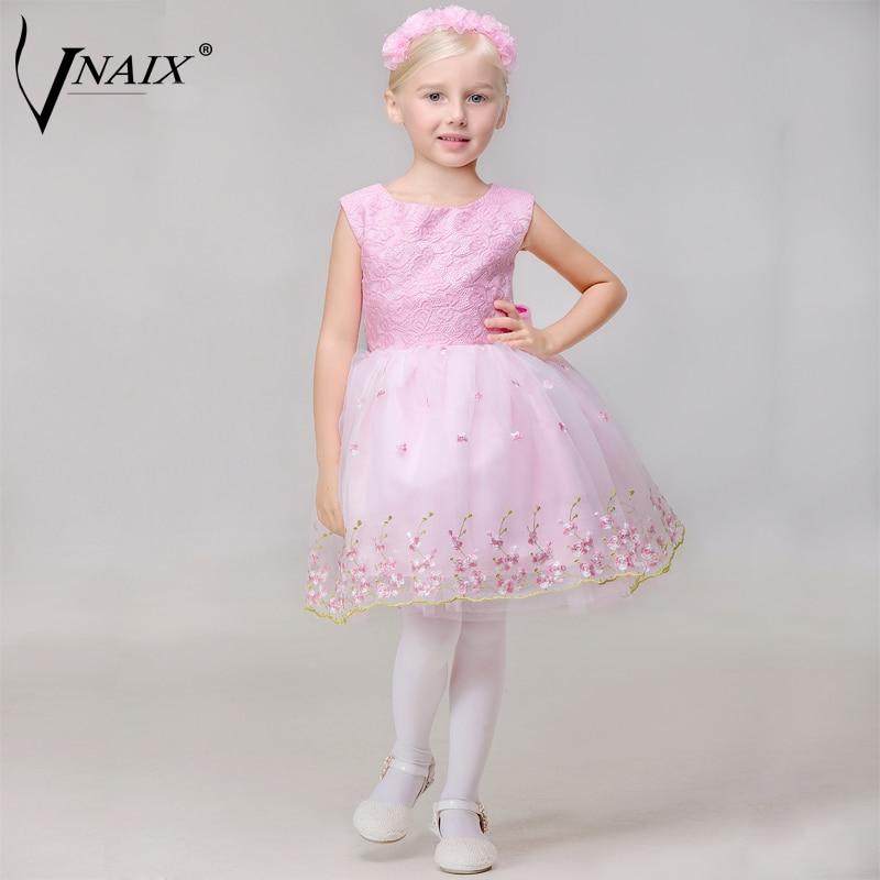 1e1432f1c98f8 Vnaix F1014 robe de daminha Rose Dentelle Broderie Fleur Fille Robes Genou  Longueur Première Communion Robe Princesse Robe