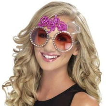 New Pink Bling Diamond Bride To Be Glasses for Wedding Party Decoration Favors Hen Party Supplies Bridal Accessories