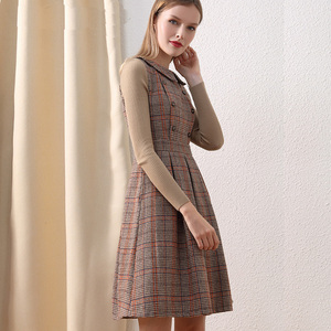 Image 2 - רק בתוספת חורף שמלת צמר חום פיטר צווארון מחבת בציר שמלה עם כפתורים סרוג ארוך שרוול שמלת נשים