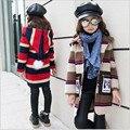 2016 Muchachas de la Marca Abrigo de Invierno Otoño Niños Princesa Raya Abrigo Capa de la Muchacha Linda de La Escuela Con Capucha Abrigo de Manga Larga de la Navidad