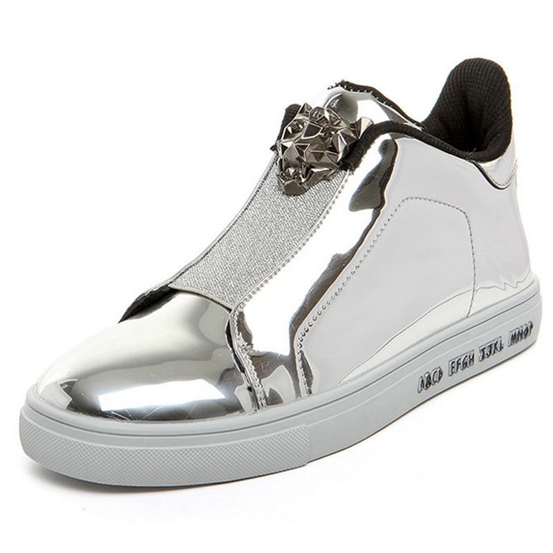 Prix pour New Hot Hommes En Métal Brillant de Couleur Respirant Chaussures de Skate Mâle Classique Jogging Chaussures Sports de Plein Air Formation Sneakers 1818