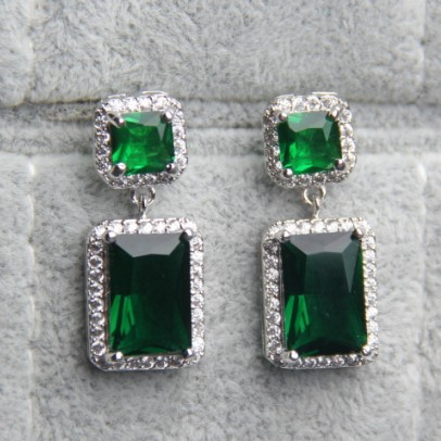 Emerald Green Drop Earrings For Women White Gold Plated Aaa Cubic Zirconia Wedding Jewelry Vintage Cz