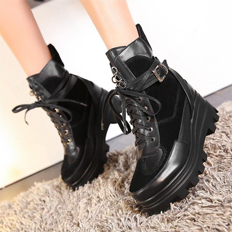 Véritable Femmes Courtes Femme Noires Talons Plates Sexy Buckels Fedonas Noir formes Punk Cuir Hauts Bottines En Martin Bottes Chaussures Classique qwEnY7Z