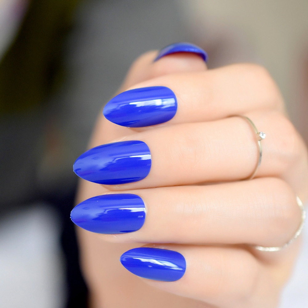 Fashion style Blue royal pointy nails for lady