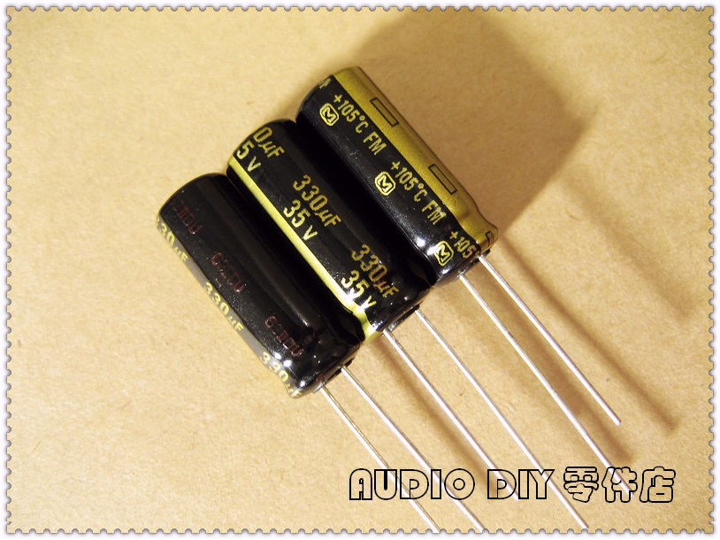 10pcs//100pcs  Philips KP462 2400pF//250V 1/% axial tin film capacitor 2.4nF 242