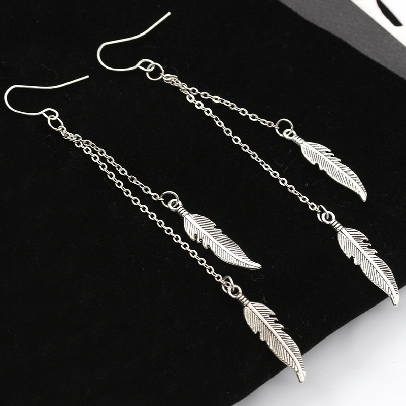 2017 Bohemian One Direction NEW Arrival Long Tassel Feather Drop Earrings Fashion Jewelry boucle d 39 oreille Women Dangle Brincos in Drop Earrings from Jewelry amp Accessories