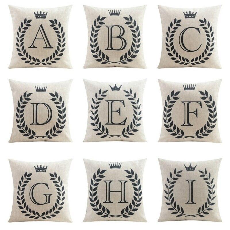 b4e9fb4cc Letras maiúsculas As Iniciais Do Nome Do Bebê Capa de Almofada Fronha Crown  Fronha Preto e branco Sofá Quarto Decoração em Capa de almofada de Home    Garden ...