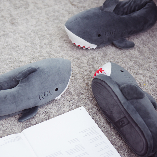 Millffy unisex Fuzzy Winter Slippers Animated Shark Plush Slippers Ultra Soft and Fuzzy Comfy Home Slippers slip on shoes 5