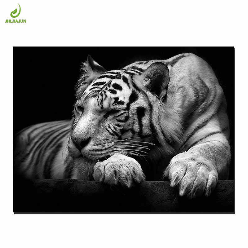 JHLJIAJUN Black And White Canvas Painting Tiger  Animals Prints And Posters Wall Art For Living Room Home Decor Pictures