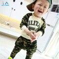 Ropa Del Otoño Del resorte nuevo 53 letras de camuflaje traje de los bebés y las muchachas de los niños de La Camiseta + pantalones casuales establecidos