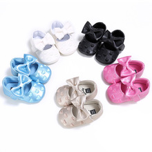 Fashion Infant Toddler Baby Girls Princess Prewalkers Shoes Heart-shape Wedding Party Sweet Bow Bebe Crib Shoes Newborn Footwear