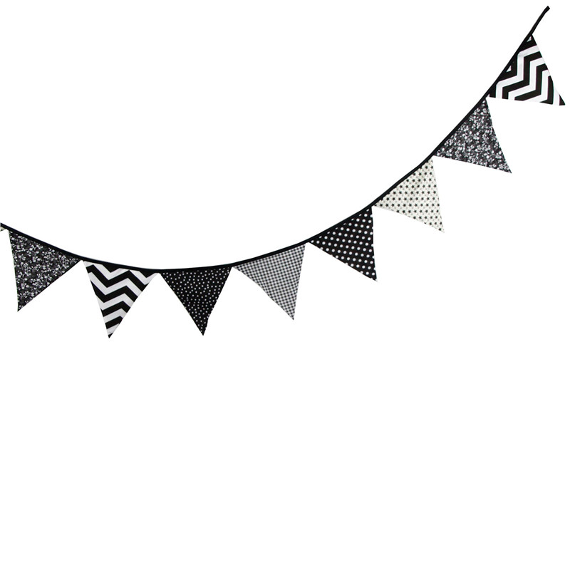 12 Flags 3.2m Special Black and White Cotton Fabric ...