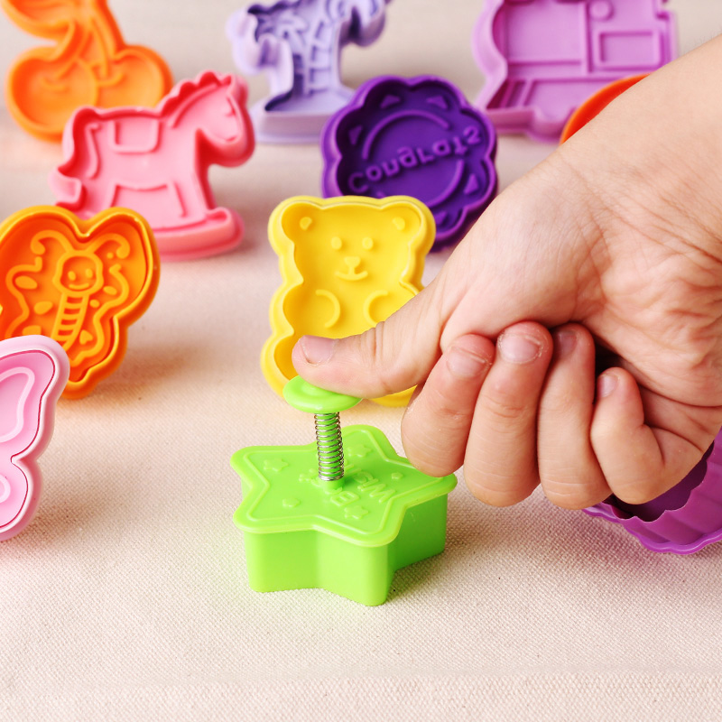 20pcs Spring Press Biscuit Mold 3D Cookie Plunger Cutter Pastry Decorating Easy DIY Food Fondant Baking Cake Mould Tools New -SZ