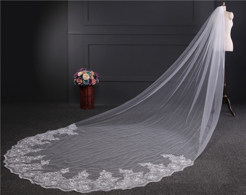 Image 3 - 4 meters Cathedral Wedding Veil Long Lace Edge Bridal Veil with Comb Wedding Accessories Wholesale-in Bridal Veils from Weddings & Events
