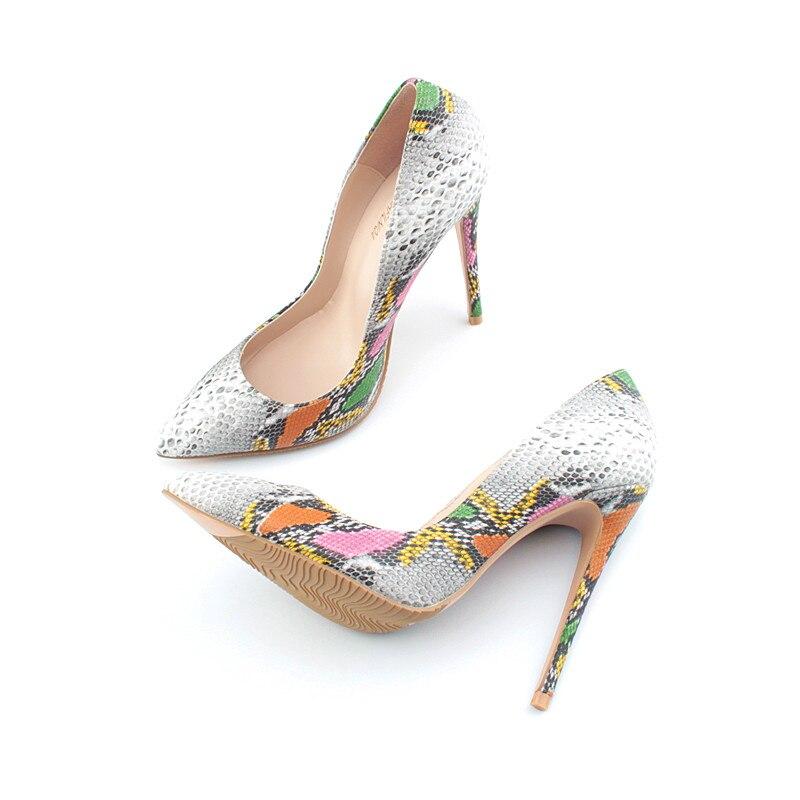 De calidad superior zapatos de tacón alto zapatos de serpiente extrema  delgada tacones mujeres bombas Sexy zapatos de mujer Zapatos de tacón alto  zapatos de ... 9f69de98ba8e
