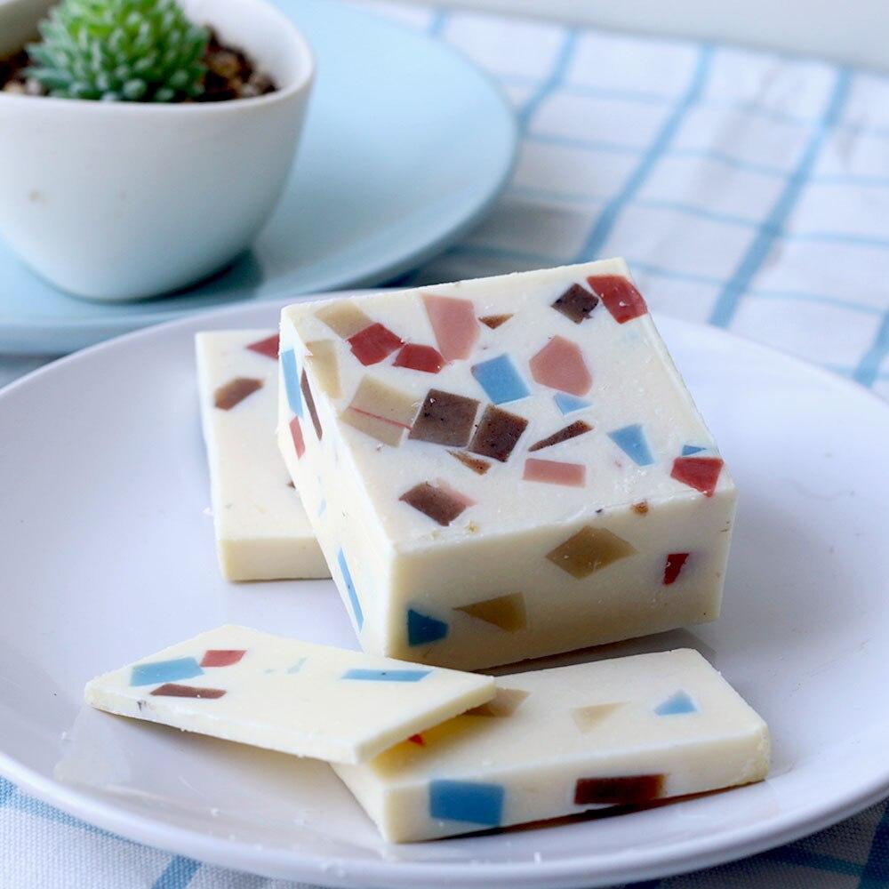 Lavender Handmade Soap Petal Milk Bath Face Soap Skin Moisturizing Deep Cleaning Soap