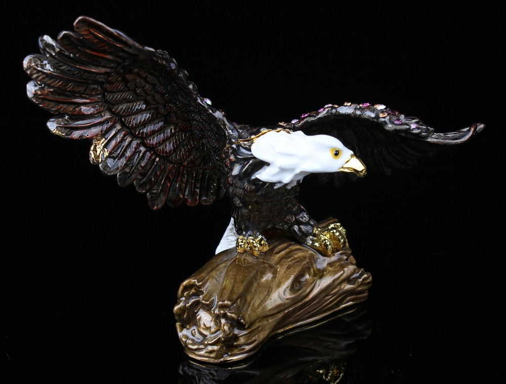 Flying Bald Eagle on Branch Trinket Box Bejeweled Figurine Eagle Handmade Jeweled Metal & Enamel Trinket Box все цены