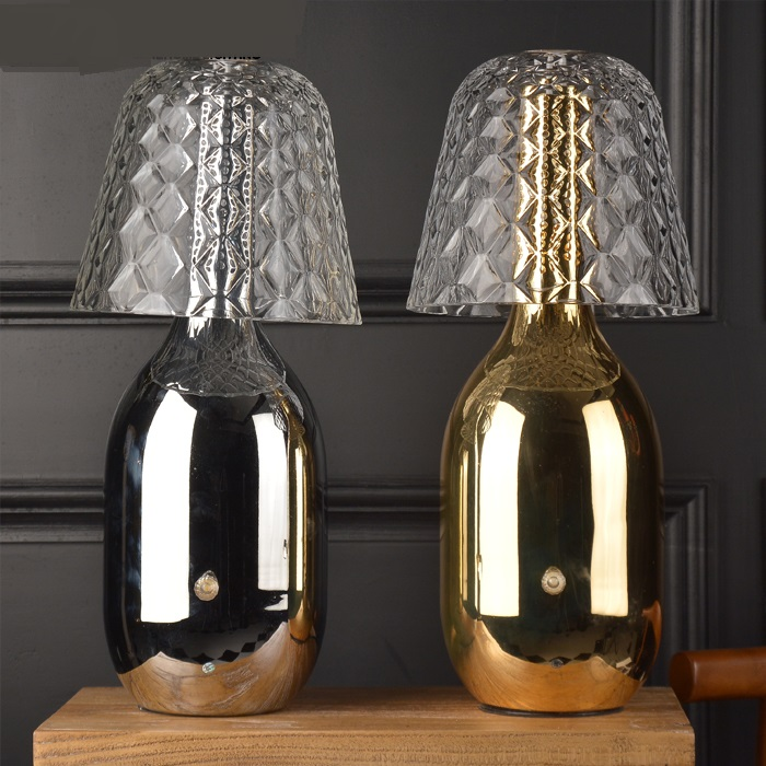 Современная алюминиевая настольные лампы спальня исследование модель номер Мода назад золото белый черный прикроватные декоративные наст...