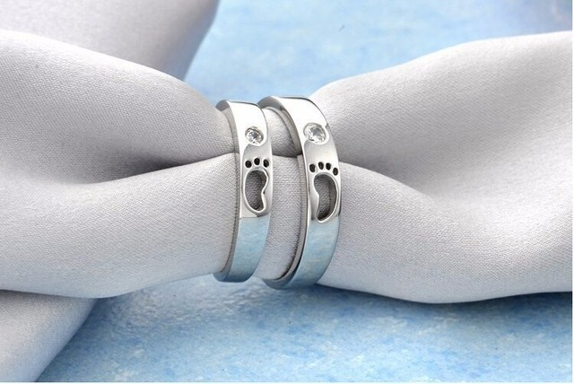 Promotion fashion baby feet shiny crystal 30% silver plated ladies`finger rings jewelry female wedding drop shipping wholesale